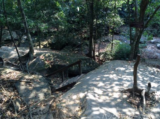 20150517184431 - 水中遺跡のクバルスピアンでシェムリアップ川の源流を浴びてきた!