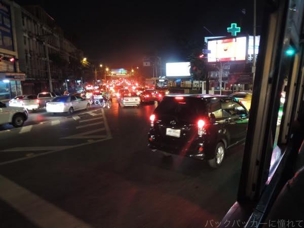 20160202204532 - カオサン通りから路線バスで繁華街への行き方!〜シーロム・ナナ編〜