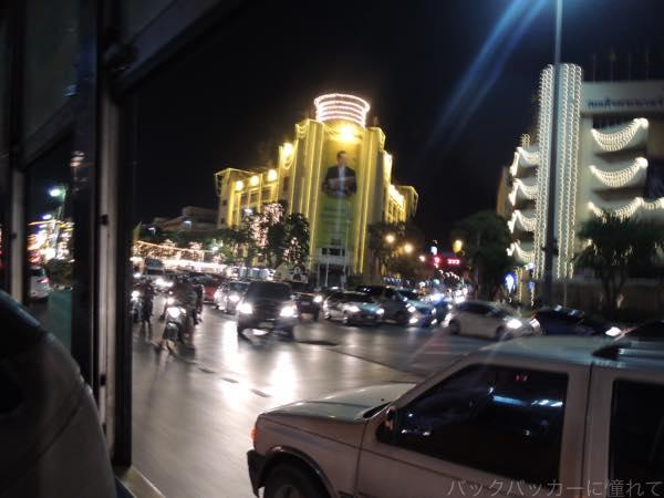 20160202204758 - カオサン通りから路線バスで繁華街への行き方!〜シーロム・ナナ編〜