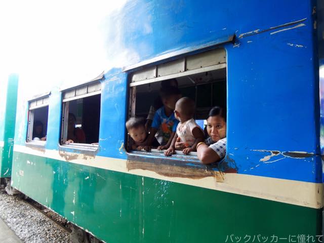 20161029075641 - ヤンゴン環状線でぐるっと一周3時間のゆるり列車旅