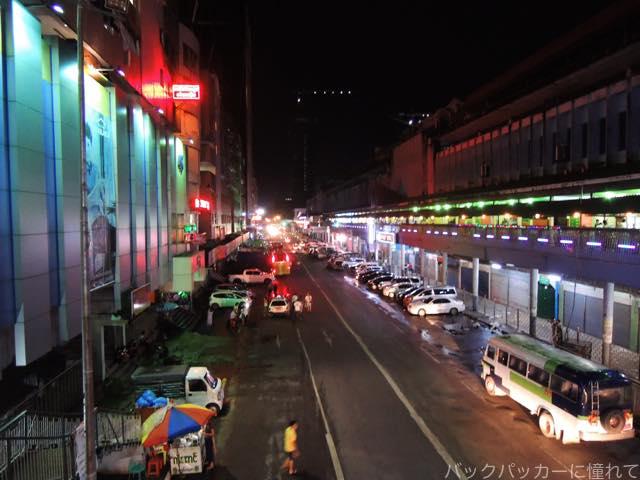 20161104100947 - ヤンゴン最後の夜はエンペラーミュージックのダンスフロアに細やかな色気