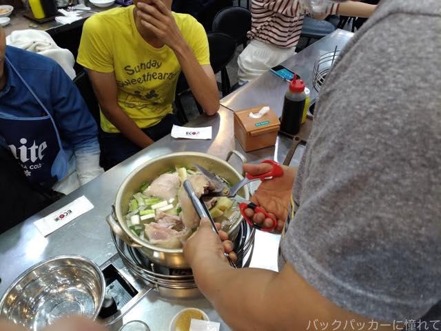 20170517202927 - 【ソウル】東大門のタッカンマリ横丁で鶏が丸ごと入った鍋に大満足!