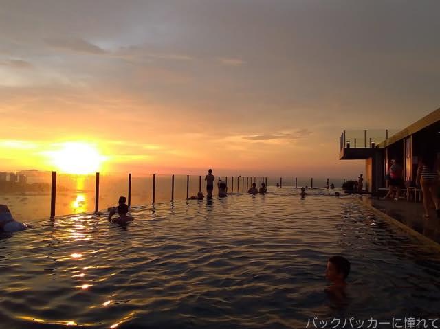 20181015194332 - タイのairbnb|パタヤの海が見えるプール付コンドミニアムで民泊体験
