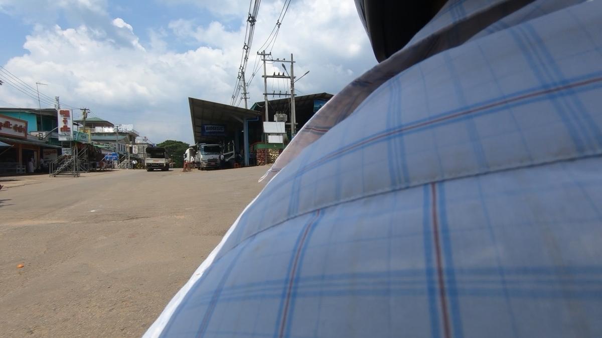 20200312092904 - 【ミャンマー】パアンからゴールデンロックへの行き方とチャイトーのボッタクリバイタク