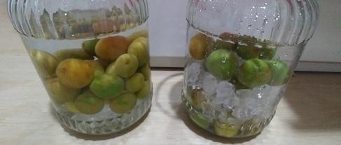 梅酒と梅シロップの画像