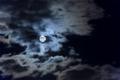 [月景色]満月を遮る雲