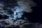 満月を遮る雲