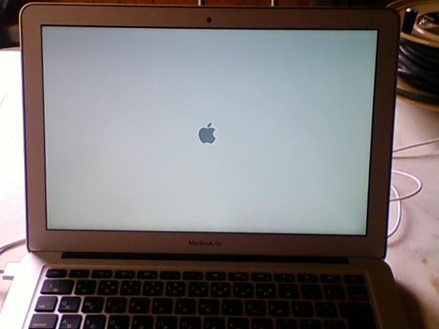[MacBook Air] 初回電源投入時の図。