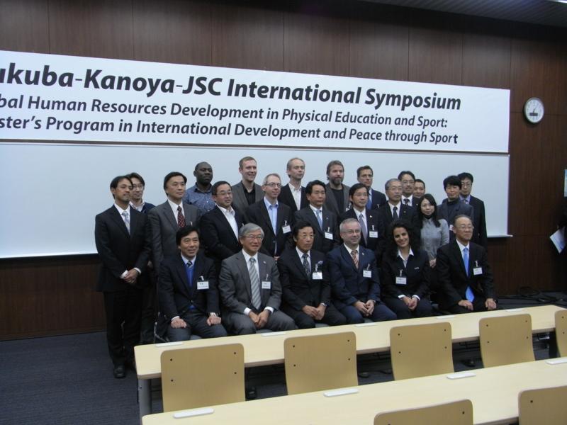 f:id:UNIC_Tokyo:20131207181531j:plain