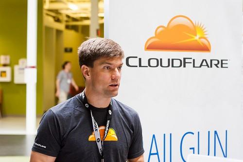 CloudFlare社