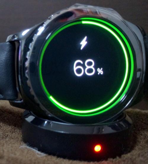 スマートウォッチ Gear S2 Classicは充電が3日もつ