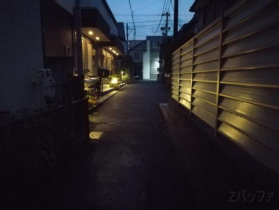 nova liteのカメラで夜間に撮影した写真