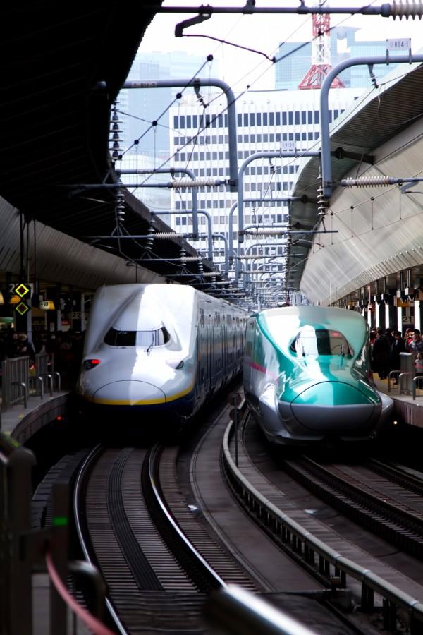 新幹線のやまびこ号とつばさ号