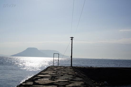 男木島から見える女木島