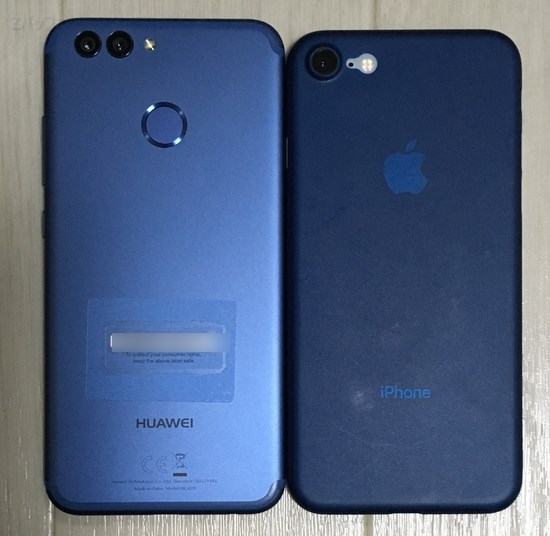 iPhone8と「nova 2」のサイズを比較