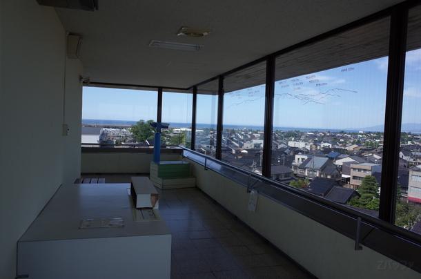 富山港展望台の内部