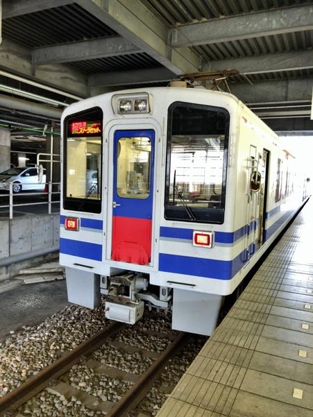 超快速スノーラビット(越後湯沢駅にて)
