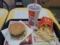 今日の夕飯はマクドナルドでメガマックのLLセット!
