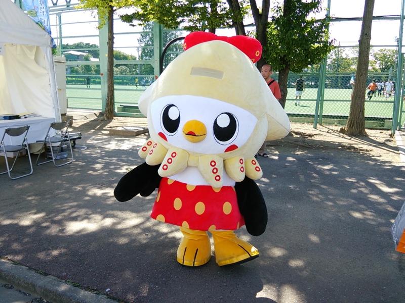 八戸市のマスコット、「こうみちゃん」が駒場スタジアムにいました