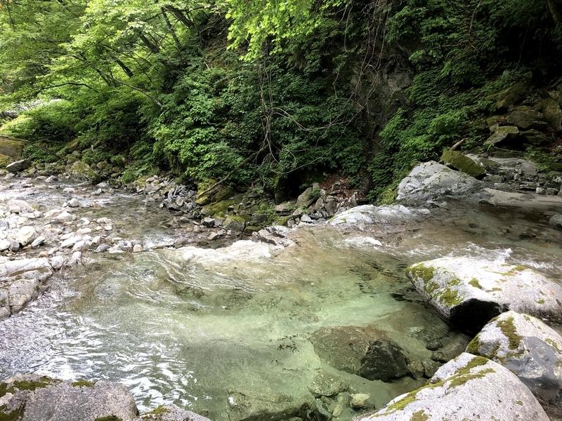 精進ヶ滝 滝渕
