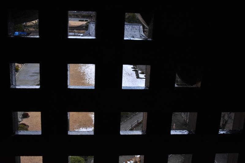 松本城 格子窓