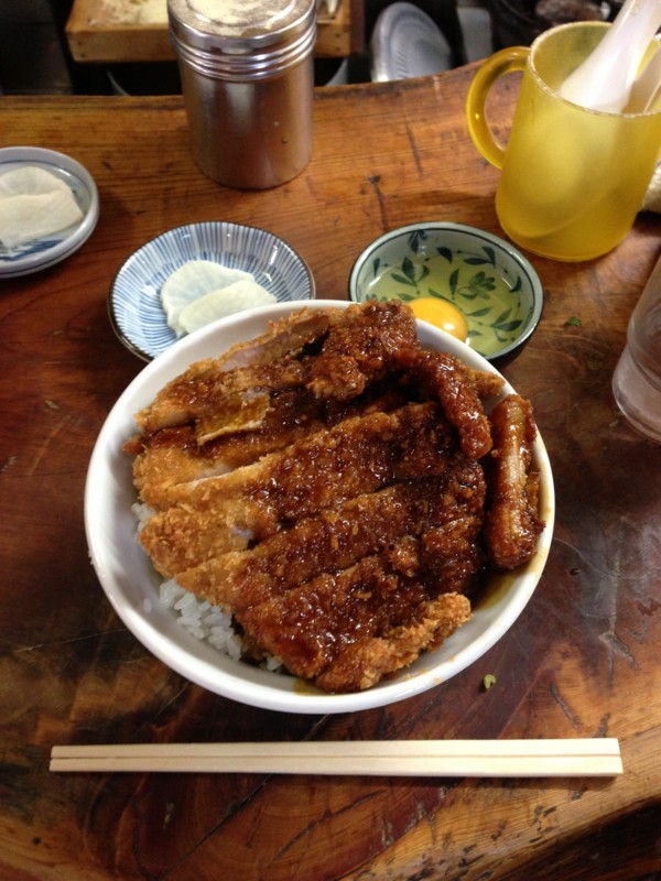 岡山B級グルメ・デミかつ丼