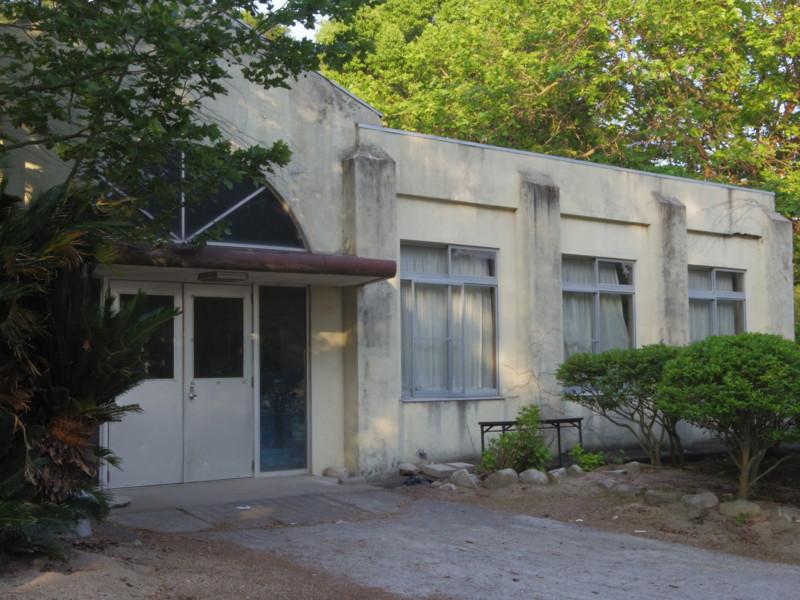 バイオハザードっぽい建物(2)