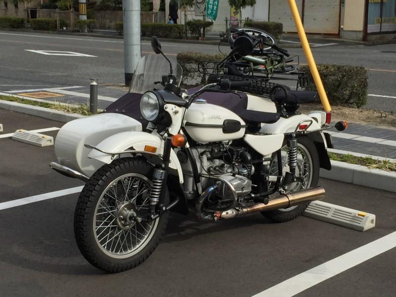 ウラルにフォールディングバイクって凄すぎ…