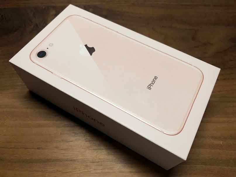 iPhone 8 外箱