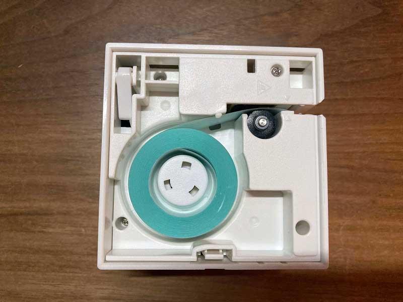 TEPRA Lite テープ挿入