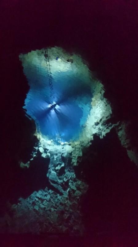 第一地底湖