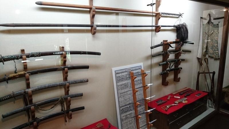 青柳家の武器庫