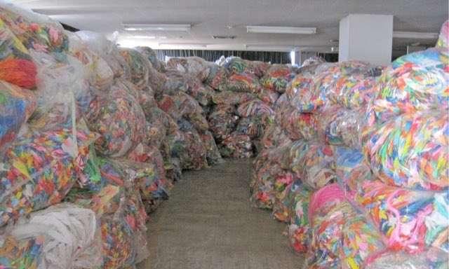 【豪雨】千羽鶴を被災地に送るのは自己満足?熊本市に取材「個人からの支援物資を送ること自体やめた方が良い」★7 YouTube動画>1本 ->画像>10枚