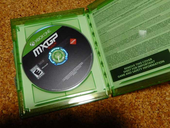 「MXGP Pro」パッケージ中身