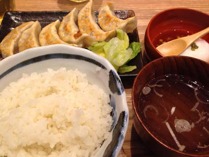 鮨肉汁餃子製作所ダンダダン酒場のランチ