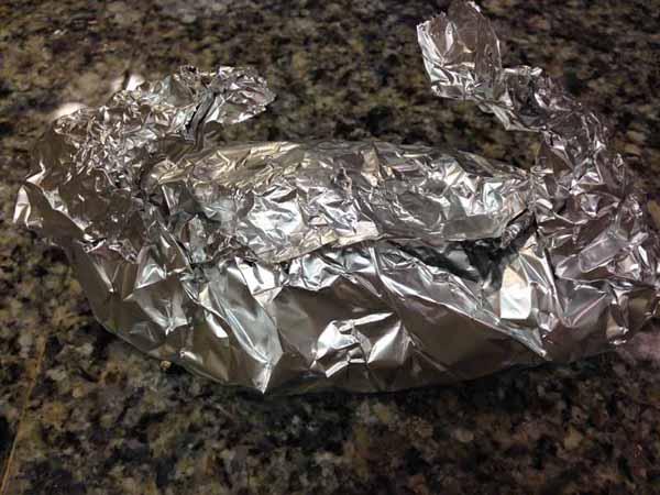 鮭のホイル焼きの包み方