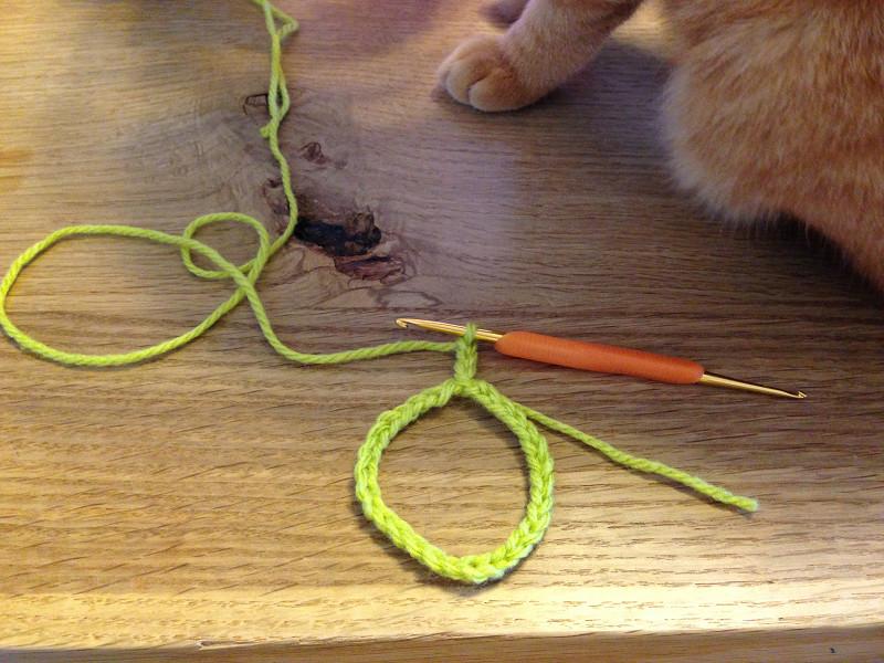 かぎ針の立ち上がり鎖編み