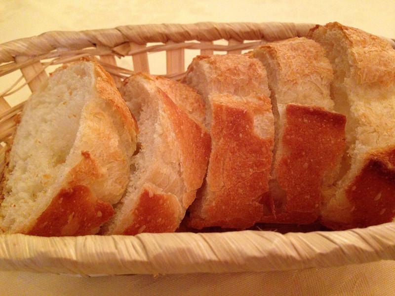 シェ・ピエールのフランスパン