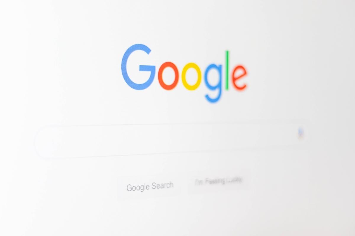 Googleを意識させるため
