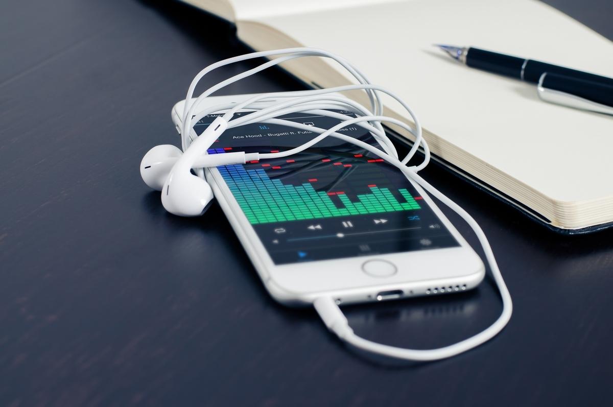 スピーカー モニタリング ヘッドホン MIX 編集 宅録 音楽 高音質 音質 高画質 機材 Cubase 歌ってみた 作詞 作曲 打ち込み DTM DAW