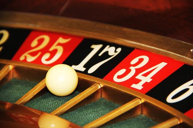 ギャンブル 本 書籍 意識 思考 記憶 過去 株式 投資 損 人間学 人 人間 傾向 性格