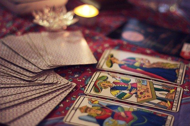 占い タロット カード 占星術 星座 星占い 星座