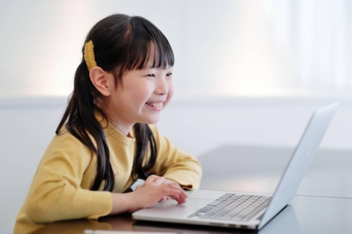10歳までの英語学習がもたらす効果とは?オンライン英会話の驚きの可能性