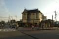 夕日の駅舎