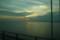 夕暮れにゆきかう小船と明石海峡大橋