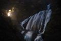 仄かに明るい観瀑台の辺りがお気に入り。