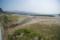 雪山とエメラルドグリーンの海の対比