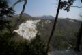 [十二湖][日本キャニオン]白い岩は天然なのかな。少々名前負けの感あり・・