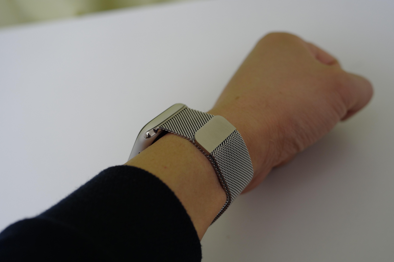 BRGコンパチブルApple Watchバンドの装着状態2