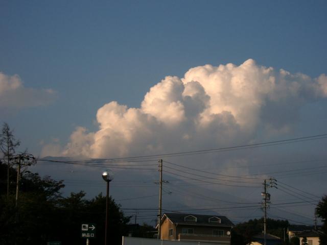 2009年9月25日の夕暮れ(長野・群馬県境 浅間山)